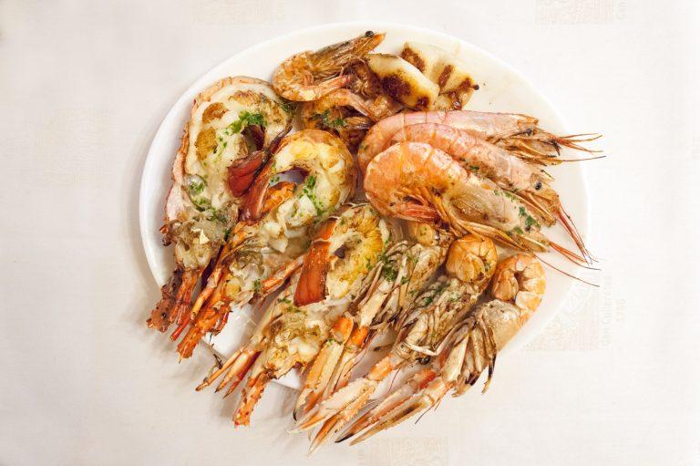 Pica-pica de peix i marisc (marisc a la graella)